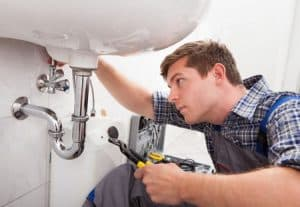 Conseils pour bien choisir son plombier