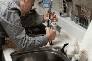 Quelles astuces pour bien choisir son plombier aujourd'hui