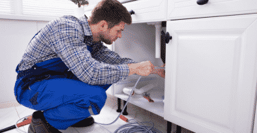Que faire en cas de canalisations bouchées